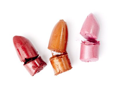 how-to-fix-broken-lipstick.jpg